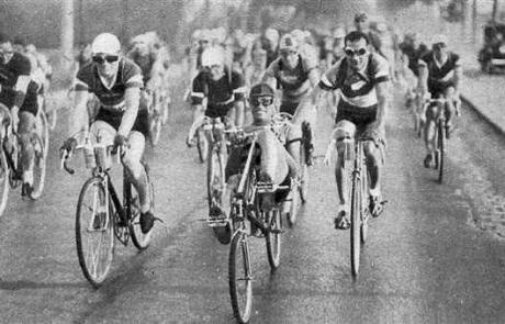 history-velocar_paris-vichy_morand-lapebie_1934