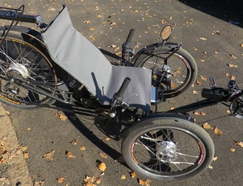 Ležeč tricikel z električnim pogonom narejen v Mariboru
